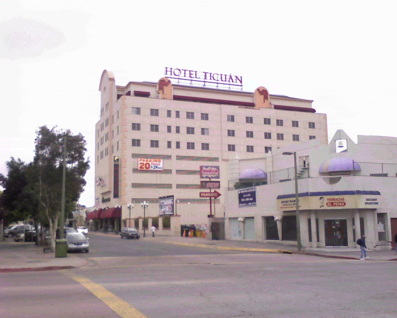 Hotels and lodging in tijuana baja california mexico for Hotel centro